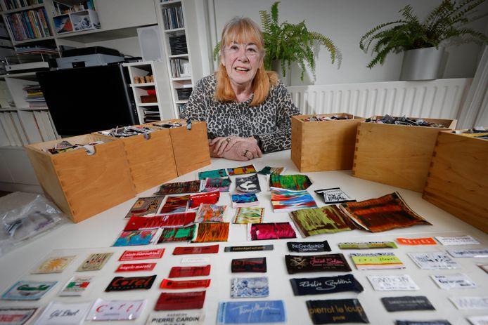 Fien Diepstraten verzamelt kleding labels, hobby Gelderlander . Nijmegen, 28-2-2021 .