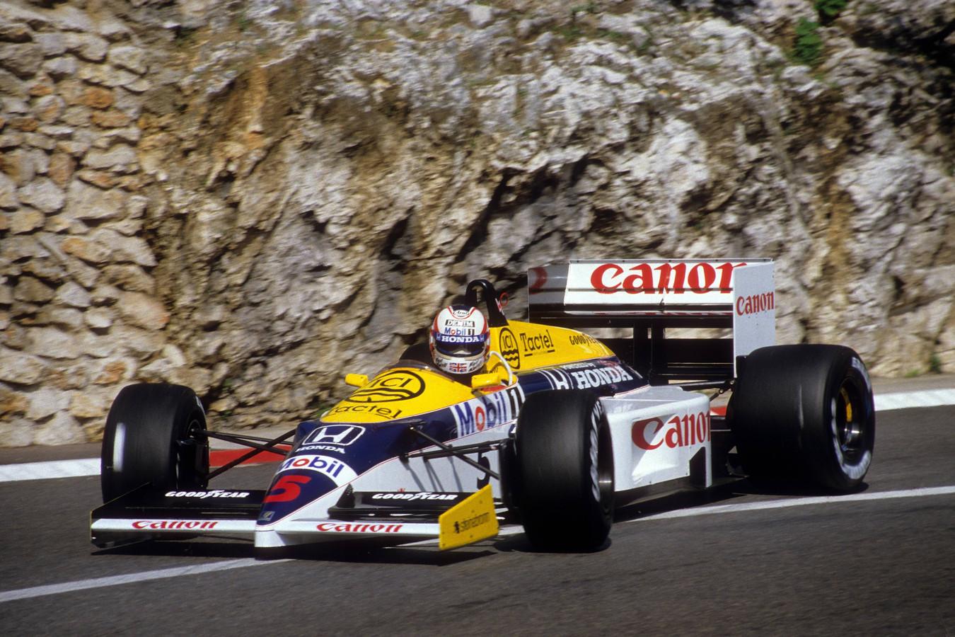 De blauw-wit-gele Williams, met Nigel Mansell achter het stuur.