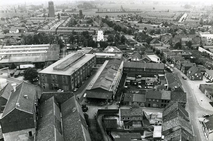 De voormalige Philips fabriek in centrum van Oss.