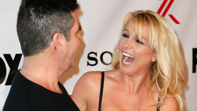 'Cowell wilde de gekke Britney, zij gaf hem er een met slaappillen.'