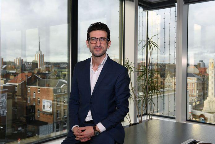 De Leuvense burgemeester Mohamed Ridouani is samen met alle medische diensten waakzaam voor buitenlandse varianten van het coronavirus.