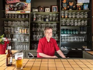 Café 't Paradijs trekt prijs van de pintjes op naar 1 euro