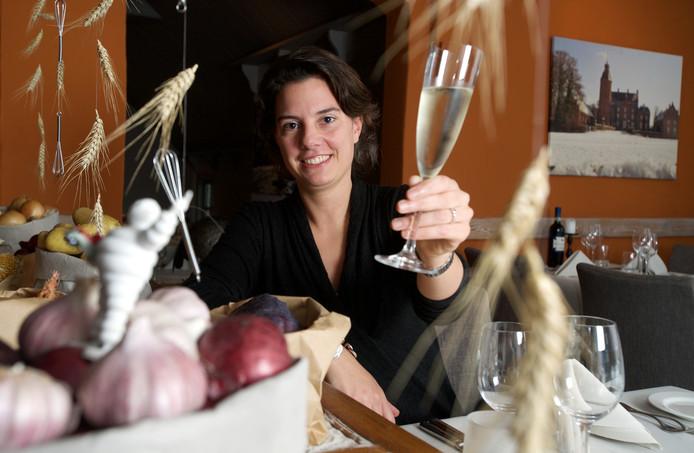 Eveline Diks behaalde met haar team van De Witte Gans opnieuw een Bib Gourmand, het zusje van de echte Michelinster.