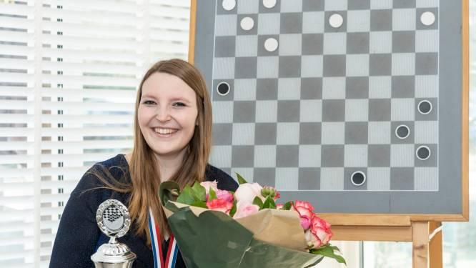 Nederlands kampioen en voorvechtster vrouwendammen Denise van Dam is zelf 'plezier in het spel' kwijt