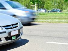 Politie volgt snelheidsduivel van Kleine Bareel tot Berchem: rijbewijs voor vijftien dagen ingetrokken