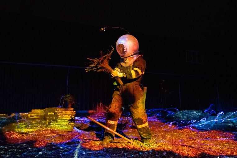 Acteur Marinus Vroom in Deep Ocean door Vis à Vis, Blauwe Uur en Puck van Dijk Beeld Anna van Kooij