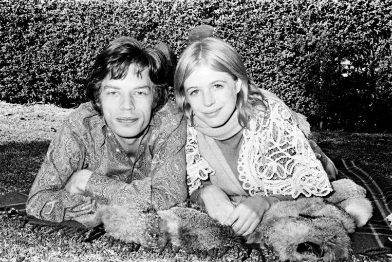 'Ik dacht vroeger dat drank en drugs cool en bohemien waren, maar ze zijn just plain stupid!' (Foto: met Mick Jagger.) Beeld Fairfax Media via Getty Images
