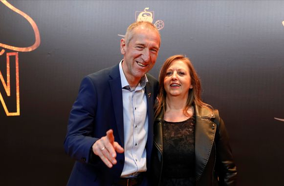 Franky Van der Elst met partner.