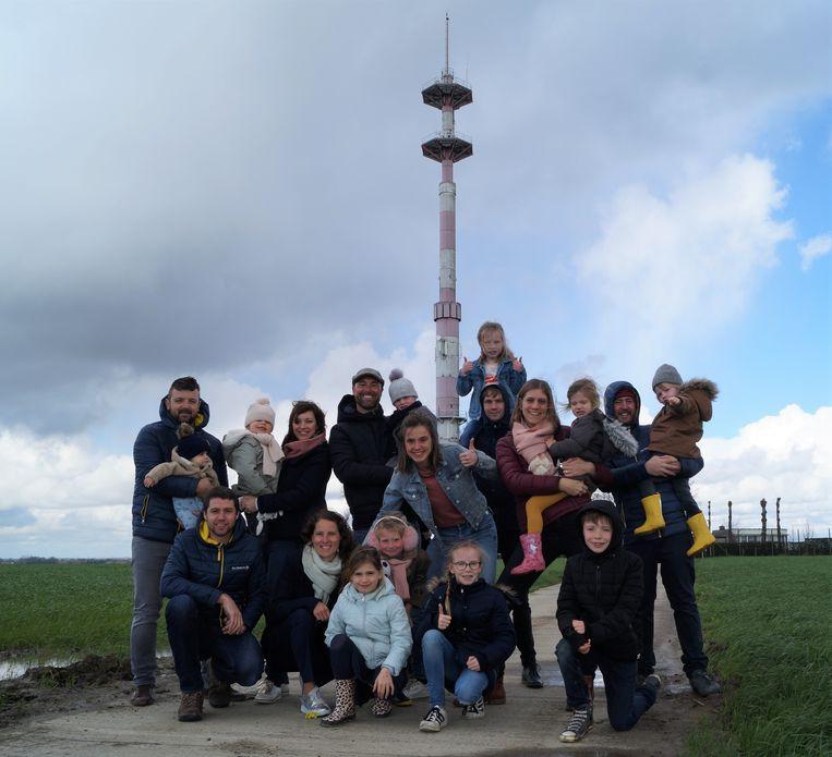 Vijf bevriende koppels organiseren deze zomer de allereerste editie van het kindvriendelijke 'Radar Love' aan de radartoren in Lichtervelde