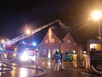 Zolderverdieping uitgebrand na blikseminslag