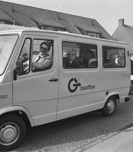 De allereerste buurtbus van Nederland reed in het Groene Hart en zo zag dat er toen uit!