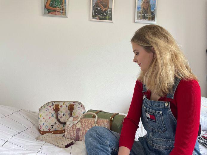 Aimée Kniese (21): 'Een nieuwe designertas kost al gauw meer dan een maandsalaris. Ik zoek daarom graag tweedehands.'