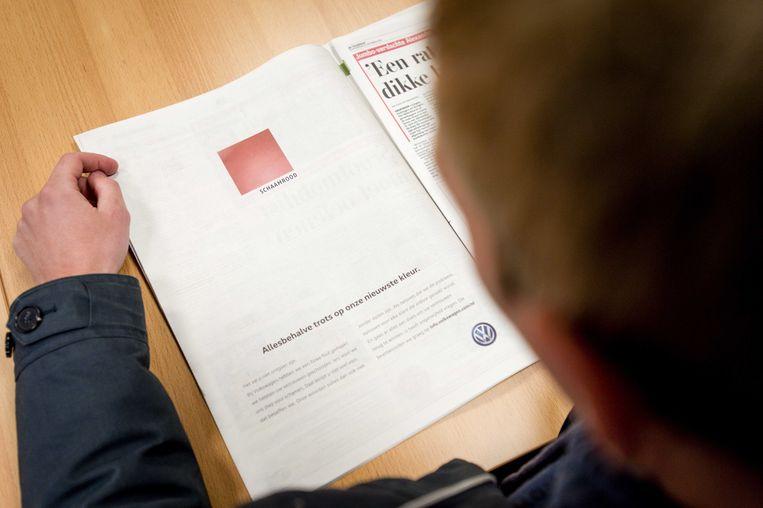 Volkswagen ging in 2015 via een paginagrote advertentie in de grote Nederlandse kranten opnieuw diep door het stof vanwege het dieselschandaal waarin het autobedrijf is verwikkeld.  Beeld ANP