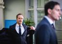 En dan zit deze tumultueuze week erop voor Hugo de Jonge. Hij gaat na de wekelijkse ministerraad naar huis. Alle blikken zijn nu gericht op Wopke Hoekstra: wordt hij de nieuwe CDA-lijsttrekker?