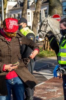 Zakkenrollers en autokrakers? Nee, de Utrechtse politie heeft handen vooral vol aan demonstranten