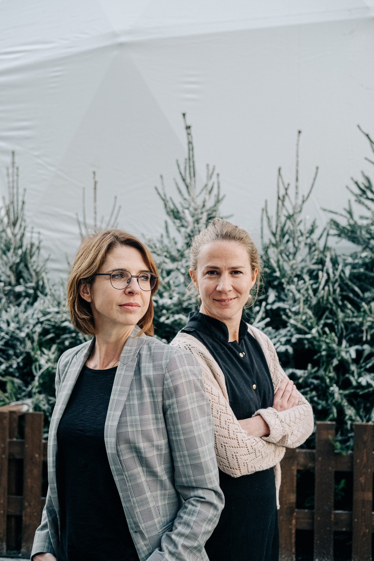 Francesca Vanthielen en Sarah Tak van de Klimaatzaak.