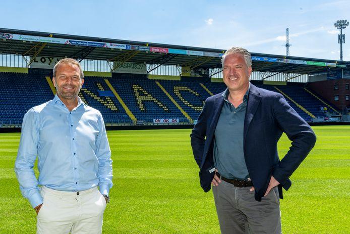 Trainer Maurice Steijn en algemeen directeur liggen zwaar onder vuur.