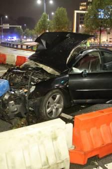 Uit de bocht gevlogen auto   betrokken bij autokraken