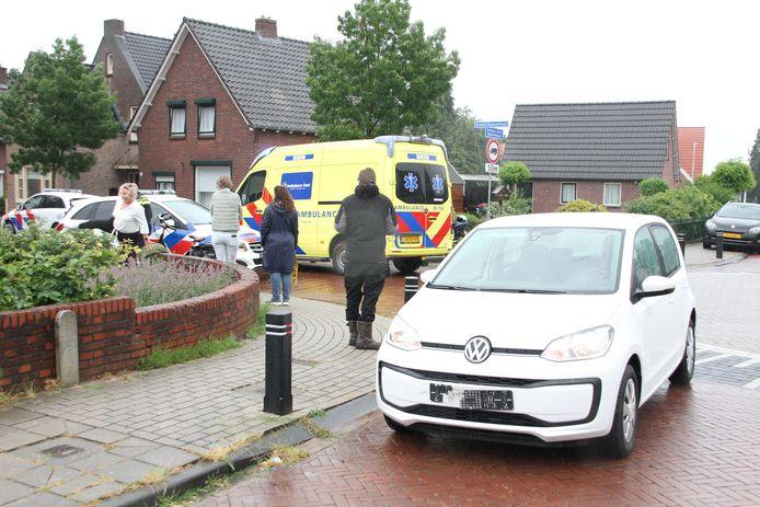 Bij een aanrijding in Rijssen raakte een fietsster gewond.