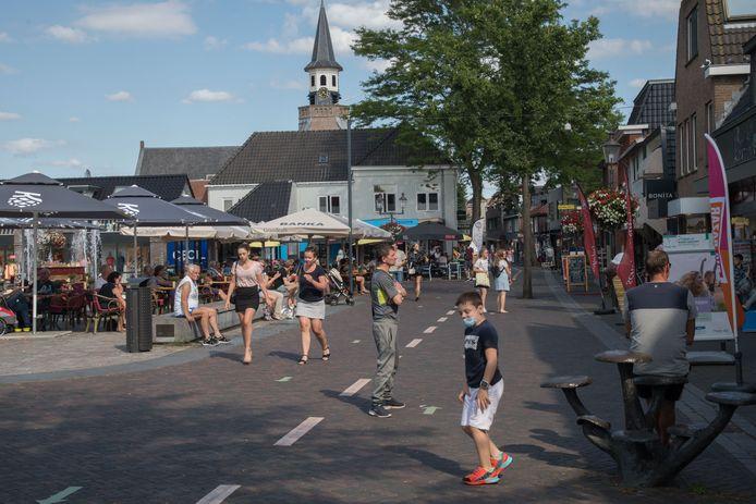 Stuiterdruk is het op deze doordeweekse middag niet in Nunspeet. Toch overweegt de burgemeester een mondkapjesplicht in te voeren.