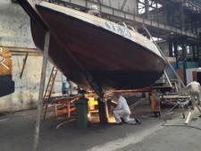 Noeste arbeid aan houten vloot