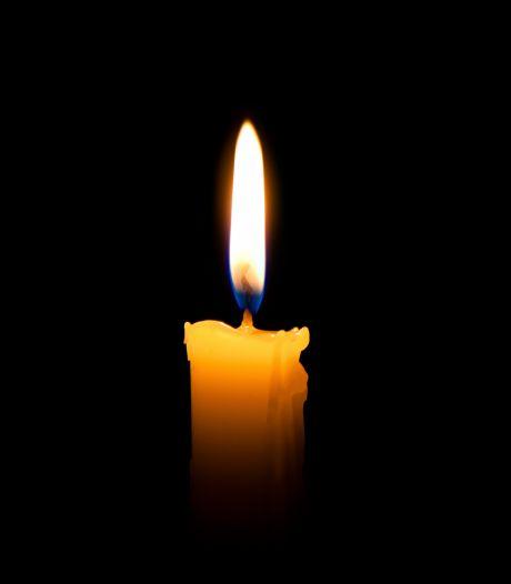 Dichter Remco Ekkers (79) overleden in Zuidhorn