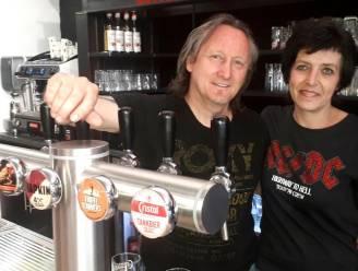 """'De Mill' tapt pintjes in nieuw café op Grote Markt: """"The Roxy ademt muziek met een podium, rockartiesten tegen de muur en instrumenten aan het plafond"""""""