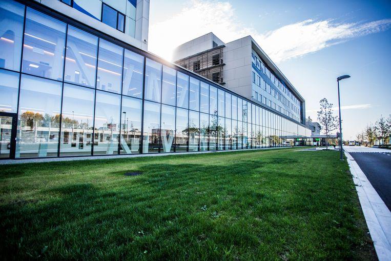 Het nieuwe ziekenhuisgebouw in Mechelen. Beeld thomas legreve