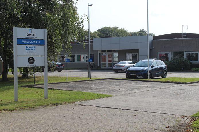 Het bleef maandag opvallend rustig aan de bedrijfsterreinen van Omco in Aalter.