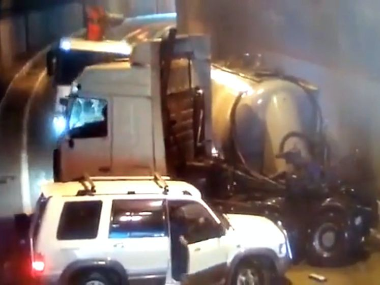 Enorme kettingbotsing op Russische snelweg, zes gewonden