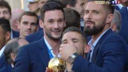 Franse basisspeler kan het tijdens huldiging niet laten om ons land nog wat te treiteren