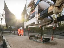 PlasticRoad uit Hardenberg gaat de markt op met 'slimme' plastic wegen: Efteling klopt ook aan