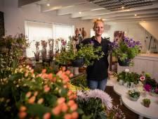 Enschedese Katinka gooide het roer om en begon in De Lutte een bloemenzaak