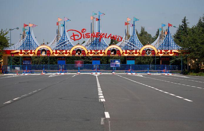 Disneyland Parijs is dicht en dat leidt tot grote economische schade in de regio