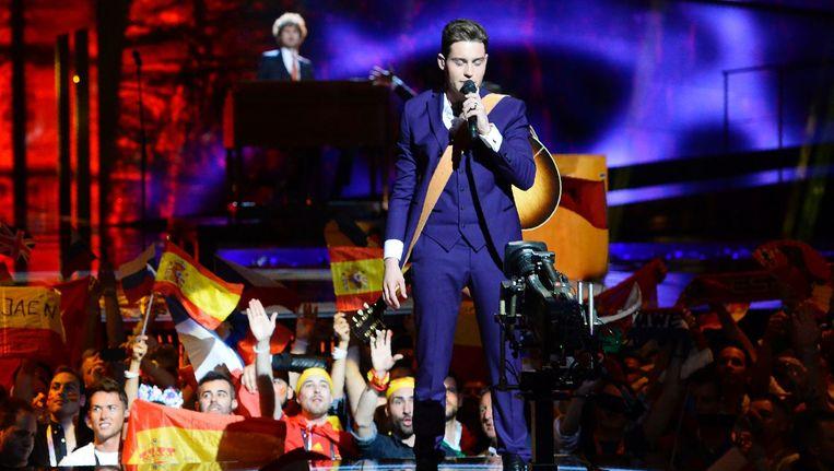 Douwe Bob in de finale van het Eurovisie Songfestival. Beeld anp
