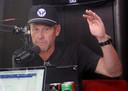 Lance Armstrong  tijdens het maken van zijn eigen podcast 'The Move'