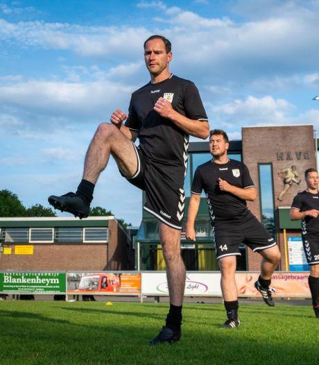 Bij HAVO mag twee derde van het eerste elftal niet trainen, Rob Vonk (35) al helemaal niet
