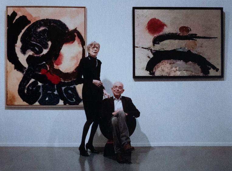 Emmy Heylen en Mon Bernaerts, hier voor werk van Pol Mara, waren bijna 50 jaar onafscheidelijk