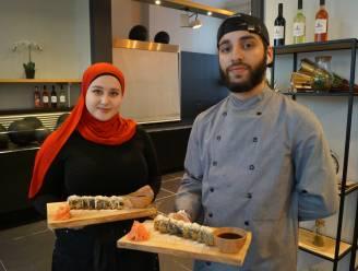 """""""Jaar geleden stond ik nog te huilen aan Pools-Russische grens, nu openen we restaurant in Tielt"""": Aishat en Tsjetsjeense chef Turpal serveren sushi"""