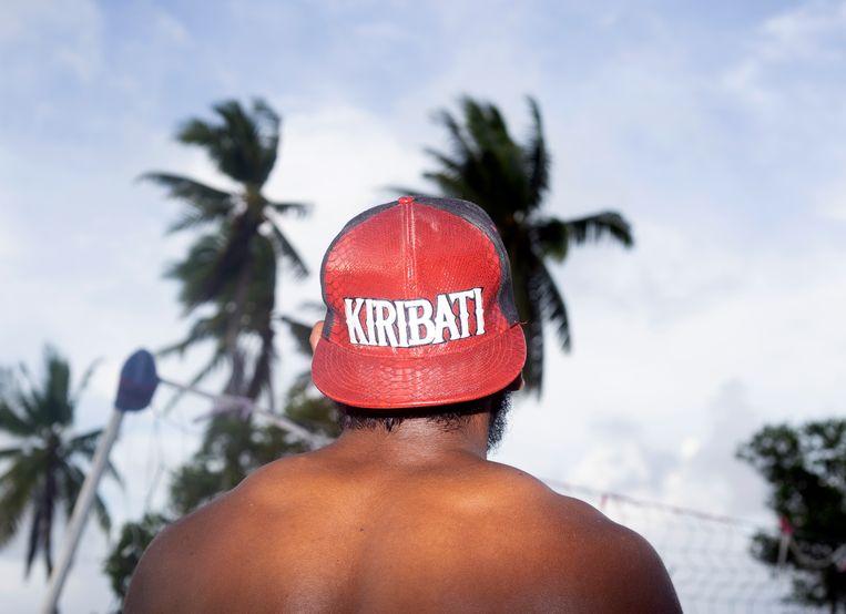 De zee komt en de zee gaat ook weer weg, is het idee op Kiribati, maar dat is niet de realiteit.  Beeld Sanne Zurné