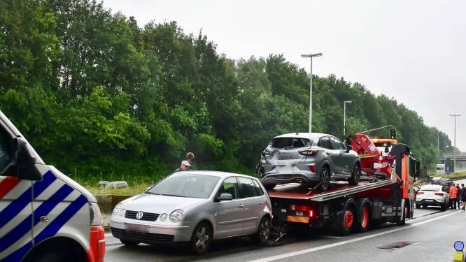Wéér ongeval in afzink van A19 naar R8 in Gullegem: aanschuiven geblazen