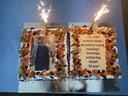 Bakker Abdel trakteert alle klanten op taart voor zijn 30ste verjaardag.