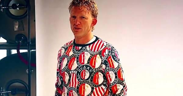 Kersttrui Ajax.Feyenoord Komt Met Opvallende Kersttrui Offside Ad Nl
