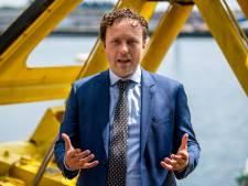 Rotterdam opent aanval op beleggers: 'Foute gasten bij de ballen pakken'