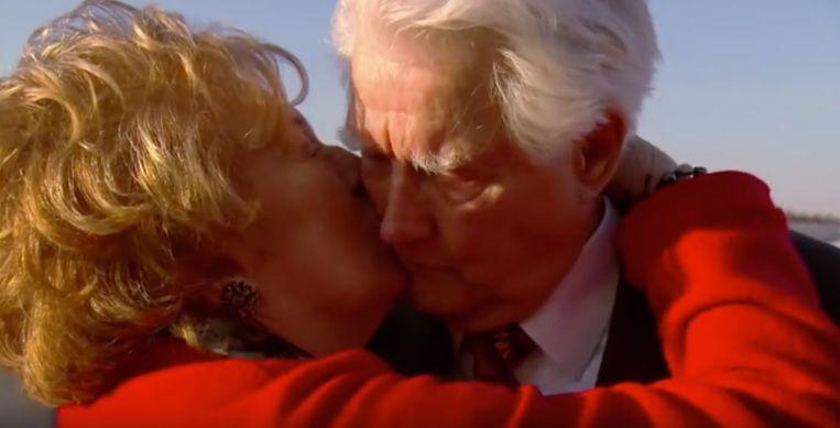 Leeftijd is maar een getal: bejaard stel uit 'All You Need is Love' trouwt