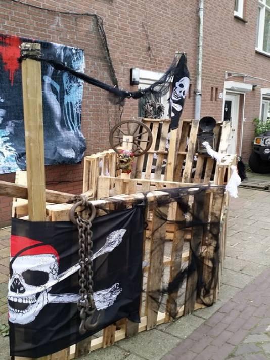 In Houtwijk zijn de bewoners bijna klaar voor Halloween.