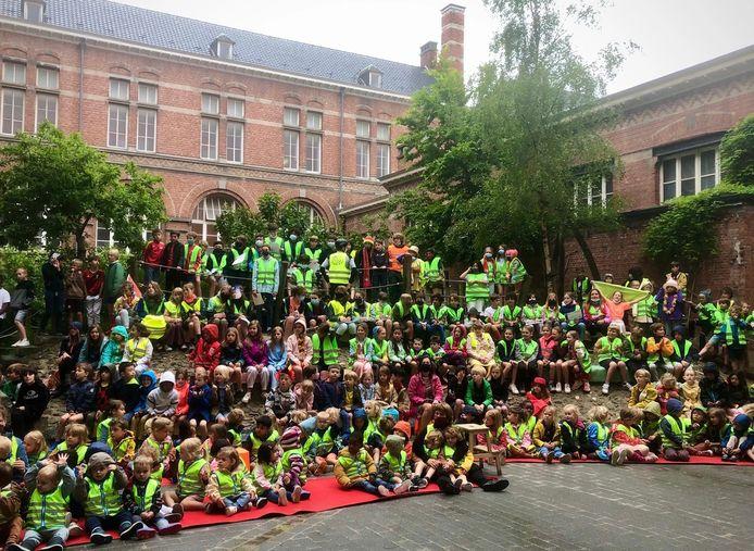 Leefschool De Vlieger is eerste 'Fietsschool van Oostende'