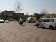 Postbezorgster gewond door aanrijding in Holten