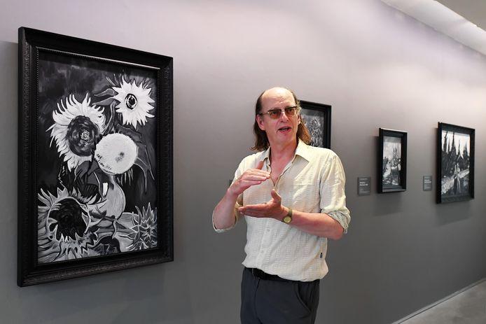 Ron Dirven in het Van GoghHuis in Zundert