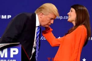 Lors d'un autre meeting en Caroline du Sud, l'intéressé avait même invité l'une de ses partisanes à venir vérifier la véracité de ses propos.